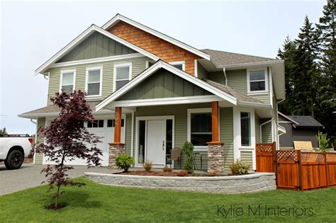 colours that go with green exterior colour palette with green vinyl siding cedar