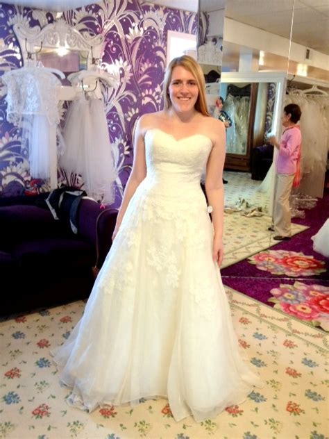 hairstyles for women with wide shoulders update w picture wedding dress help broad shoulders