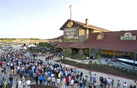 cabelas boats omaha bass pro completes 4 billion acquisition of cabela s