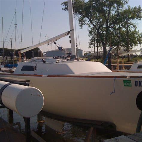 sailing boat j22 21 best j22 sailboat restoration images on pinterest