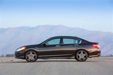 Honda Accords by 2017 Honda Accord Reviews And Rating Motor Trend