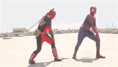 gif wallpaper deadpool deadpool and spiderman dancing michael jackson gifs gif