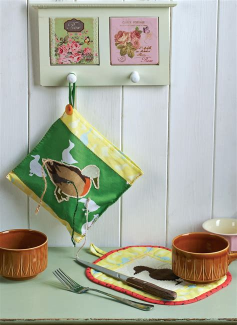 sewing pattern magazine holder farmyard themed oven gloves pot holder and string