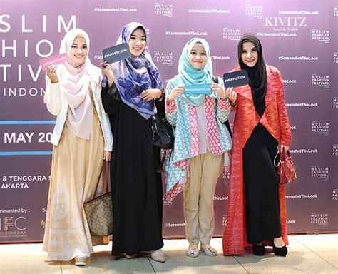 Abaya Tasya kivitz may 2016