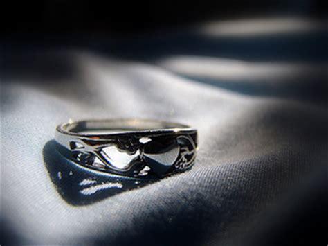promise ring etiquette make it something