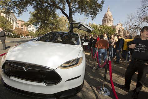Tesla Dealership Franchise Tesla Motors Car Dealers Clash Franchise The
