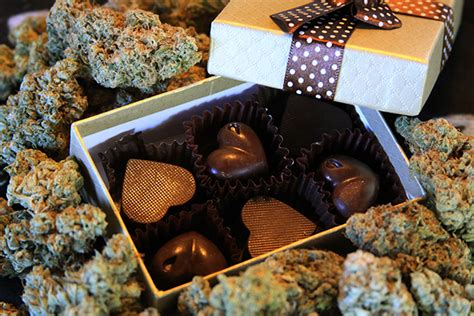 valentines gifts for stoners cannabis enhanced s day gifts for that stoner
