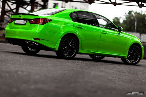 lexus green lexus gs in acid green looks like the hulk autoevolution