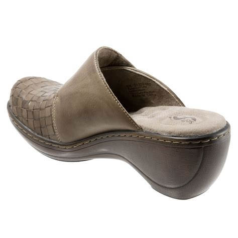 comfort clogs softwalk memphis women s comfort clogs free shipping