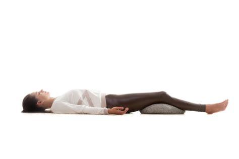 wie schlafen frauen miteinander r 252 ckenschmerzen nach dem schlafen wie ohne aufwachen