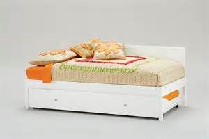 Simple Twin Bed Frame Daybeds With Pop Up Trundle Homesfeed