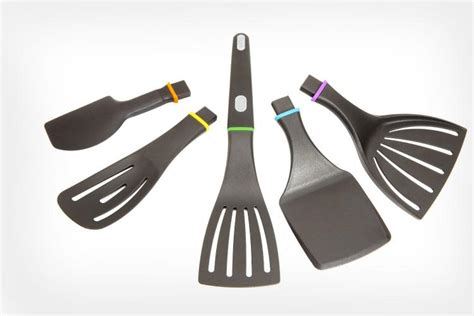 Modular Kitchen Utensils by This Modular Spatula Handle Can Use 5 Different Kitchen