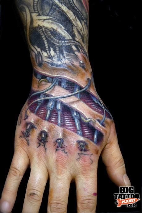 biomechanical tattoo artists glasgow 105 best images about bio mechanical anatomical on