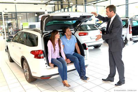 Auto Kaufen Im Internet by Auto Online Kaufen Beratung Im Autohaus