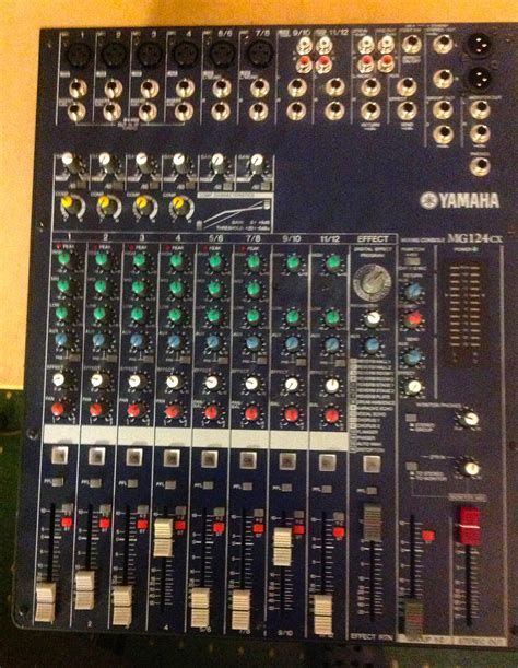 Mixer Yamaha Mg 124 Cx yamaha mg124cx image 501813 audiofanzine