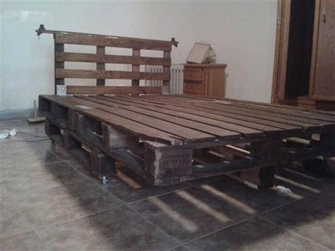 queen size pallet bed plans queen pallet bed queen bed from 3 pallets diy pallet bed