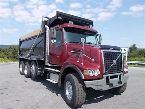cheap volvo trucks for sale 2006 volvo vhd for sale 93904