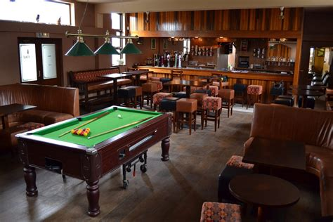 pub room love your pub find pubs bars restaurants hotels