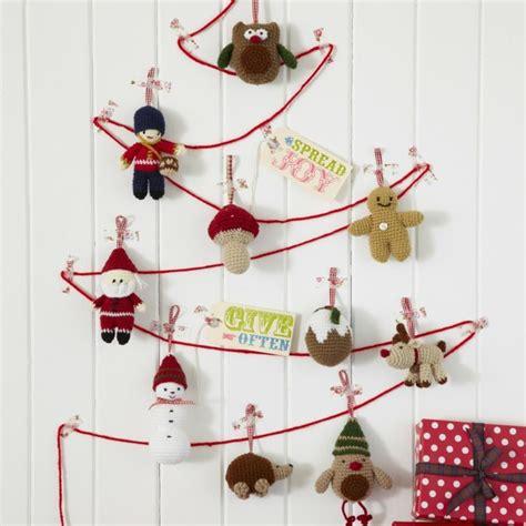 decorar pared para navidad adornos navide 241 os tejidos de lana para decorar la casa