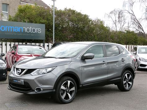 grey nissan used gun metal grey nissan qashqai for sale dorset