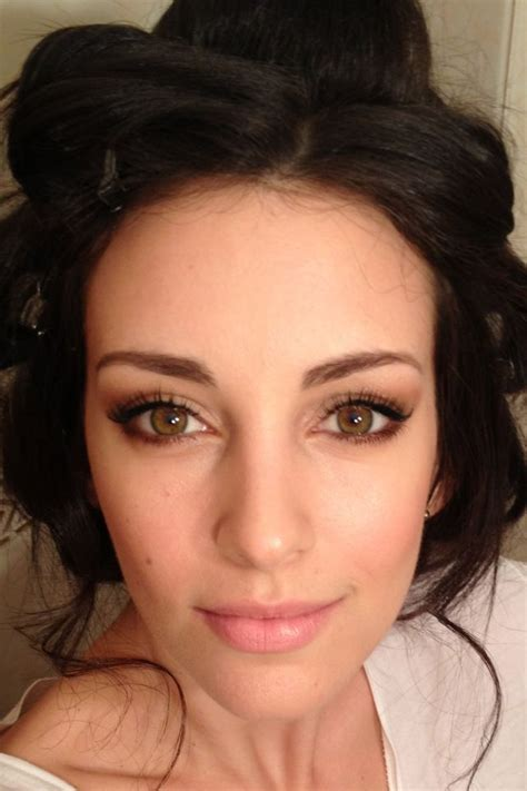 best haircolor combinations for woman with hazel eyes hazel eyes best eye makeup for hazel eyes and brown hair