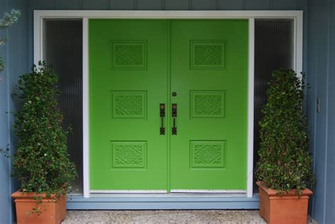 Green Door Properties by Home Decorating With Your Sweet Peas Stilettos
