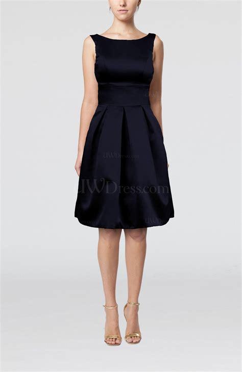 navy blue plain   sleeveless knee length sash