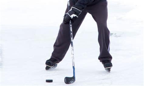 Comment Ameliorer Le Baton De Glace by Comment Choisir Un B 226 Ton De Hockey Trucs Pratiques