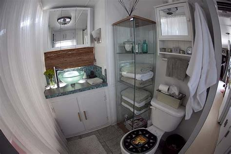 Travel Trailer With Large Bathroom by Small Trailer With Bathroom