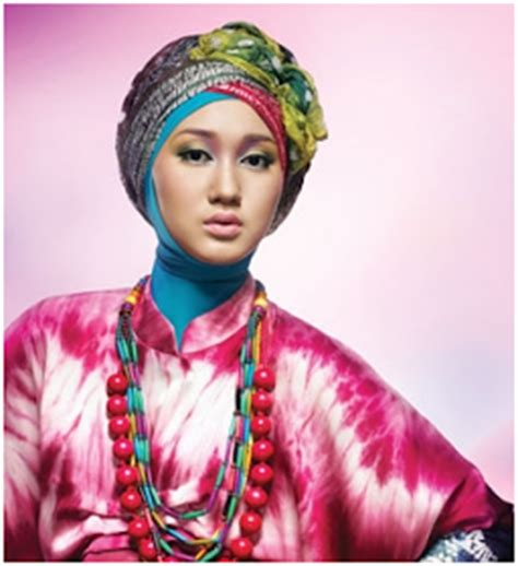 Segi 4 Layna Cotton Scarf Jilbab Selendang Pashmina Segi Empat 3 trend in indonesia