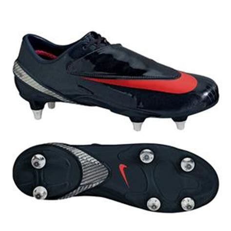Sepatu Bola Pull 6 fungsi sepatu bola pol 6 bimbingan
