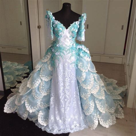 Filipiniana Gowns   Rowell Panlilio