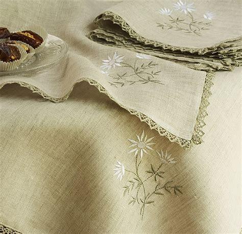 tovaglie da tavola particolari come realizzare una tovaglia da tavola arte ricamo