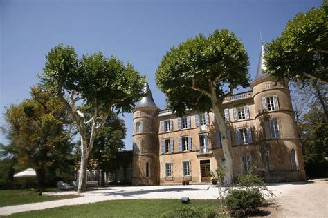 chateau de robernier   Healthy Holidays, Healthy Business