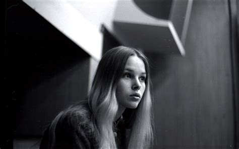 michelle phillips michelle phillips known people famous people news and