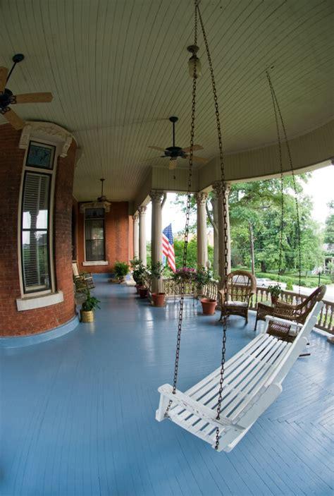 coolest country porches modernize
