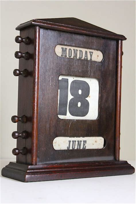 Antiques Atlas Edwardian Oak Perpetual Desk Calendar