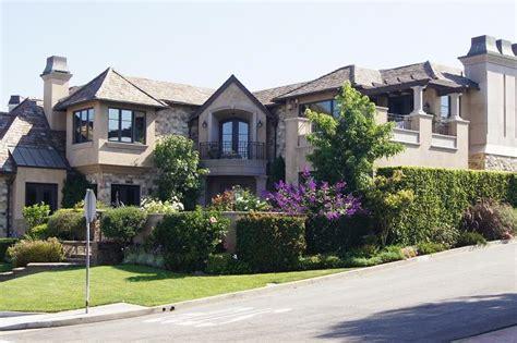 california real estate market manhattan beach ca real estate market report august 2012