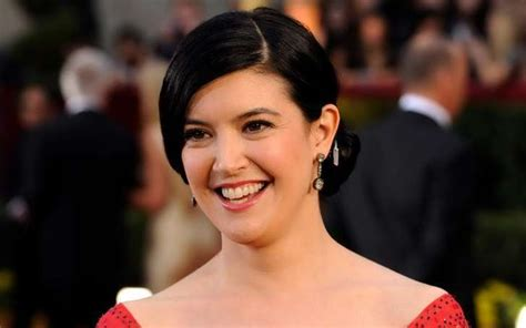 Cates A 10 by 24 Haircut Phoebe Cates Fbemot