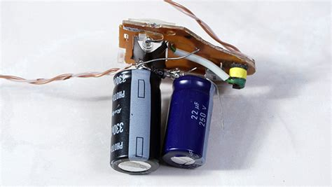 capacitor size in disposable flasher