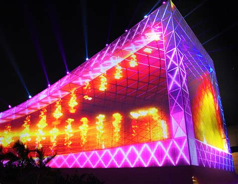 3d light show artists in motion featured project new year 2016 hong kong pulse 3d light show