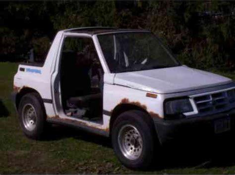 geo tracker lsi hardtop 2 door 1995, bought this for my