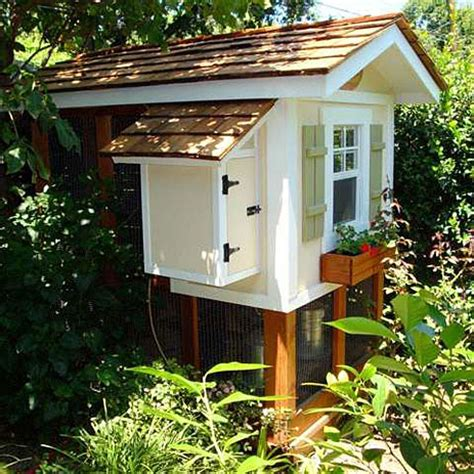 Playhouse Dwell Com cool digs for urban chickens slideshow grist