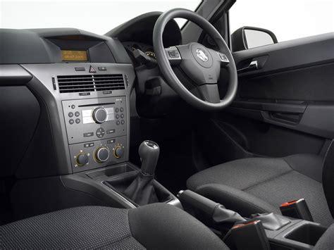 opel astra 2004 interior holden astra caravan specs 2003 2004 2005 2006 2007
