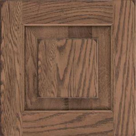 kraftmaid   cabinet door sample  dillon oak