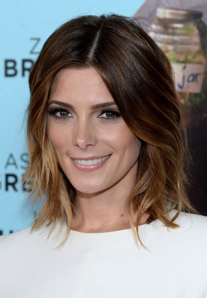 ashley greene medium length hairstyles 2014 straight hair ashley greene medium layered cut medium layered cut