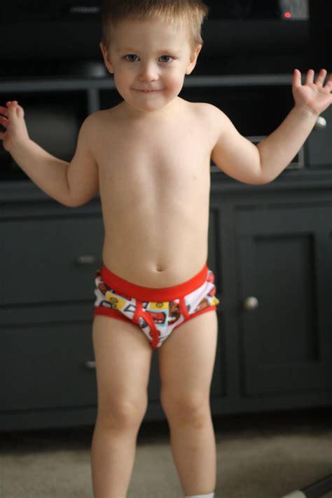 little boys pics in underwear 14 year old boys in speedos newhairstylesformen2014 com