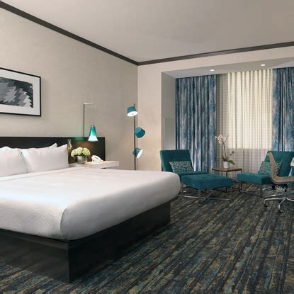 jim gaffigan hotel rooms amenities thunder valley casino resort