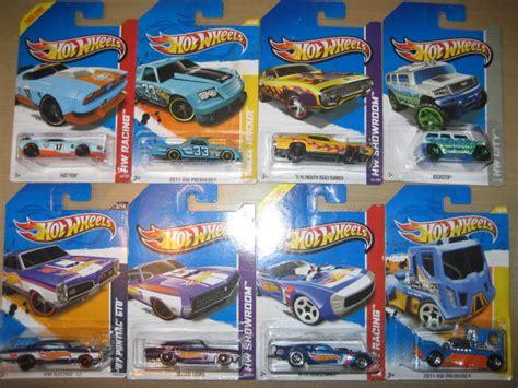 Hotwheels Bmw Z4 Biru showroom aneka diecast