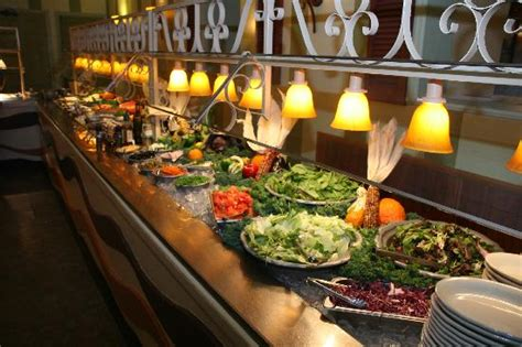 Our 20ft Salad Bar Picture Of Cook S Buffet Cafe Salad Buffet Restaurants